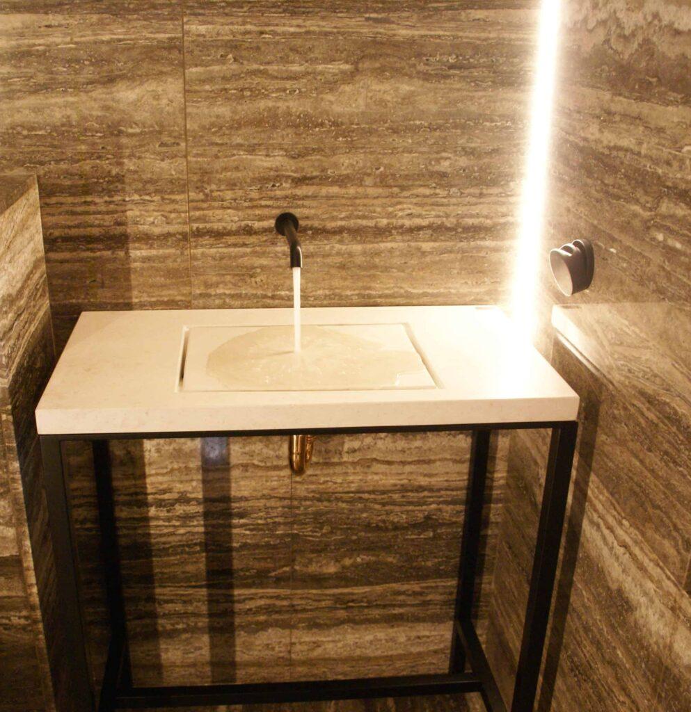 Mueble para lavabo de metal
